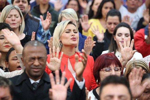 Andressa Urach diz que a favor das gay --- https://instagram.com/p/8TA2Dwl1KI/