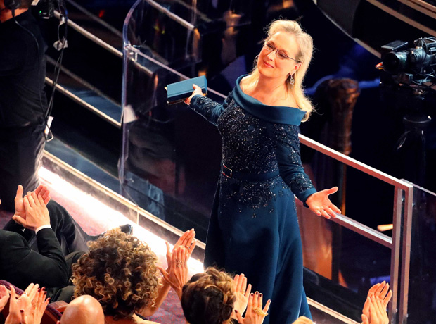 89th Academy Awards - Oscars Awards Show - Hollywood, California, U.S. - 26/02/17 - Actress Meryl Streep reacts. REUTERS/Lucy Nicholson ORG XMIT: SN121