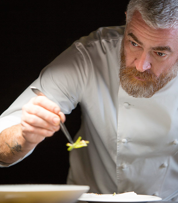 Chef Alex Atala em epis�dio da segunda temporada de Chef's Table, na Netflix