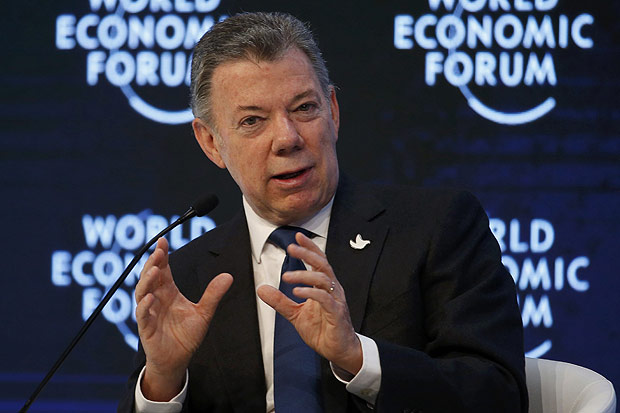 Colombia's President Juan Manuel Santos, attends the annual meeting of the World Economic Forum (WEF) in Davos, Switzerland, January 18, 2017. REUTERS/Ruben Sprich ORG XMIT: MDJ207