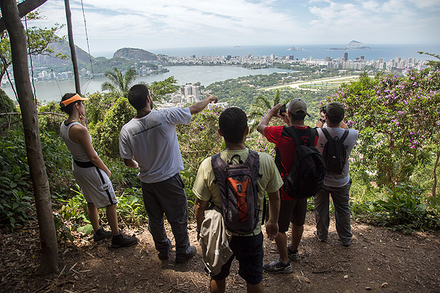 The Transcarioca crosses the city of Rio de Janeiro from Barra de Guaratiba, in all, the trail is 180 kilometers long