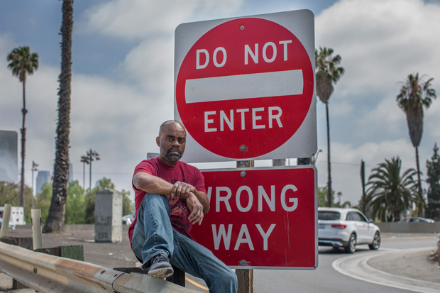 Richard Donnell Ross, 57, em entrada da LA Freeway, via expressa de Los Angeles, nos EUA