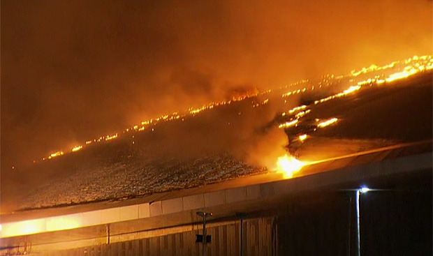 The Rio Olympic Velodrome in Barra da Tijuca caught fire early Sunday morning (the 30th)