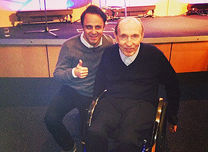 Massa posa foto ao lado do presidente da Williams, Frank Williams, e publica no Instagram