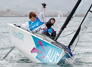 Australia's Liesl Tesch (L) and Daniel Fitzgibbon compete in the Two-Person Keelboat (SKUD18)sailing competition during the London 2012 Paralympic Games in Weymouth and Portland, southern England September 2, 2012. REUTERS/Luke MacGregor/File photo ORG XMIT: SIN10R