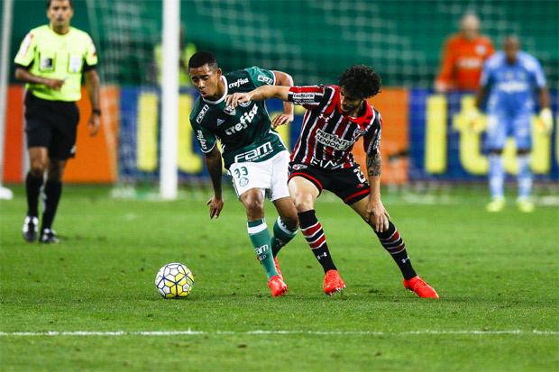 SAO PAULO, SP, BRASIL. 07-09-2016. 23h30min18s. Palmeiras e S�o Paulo pela 23� rodada da serie A do Campeonato Brasileiro 2016 no Allianz Parque. (foto: Rubens Cavallari/Folhapress, VENCER, **** EDICAO NORMAL****). ***EXCLUSIVO AGORA***EMBARGADA PARA VEICULOS ON LINE***UOL E FOLHA.COM E FOLHAPRESS CONSULTAR FOTOGRAFIA DO AGORA S�O PAULO***f: 3224-2169, 3224-3342. *filename:_76U6124.JPG* (TRAX NUMBER: 10064277A) ORG XMIT: _76U6124.JPG