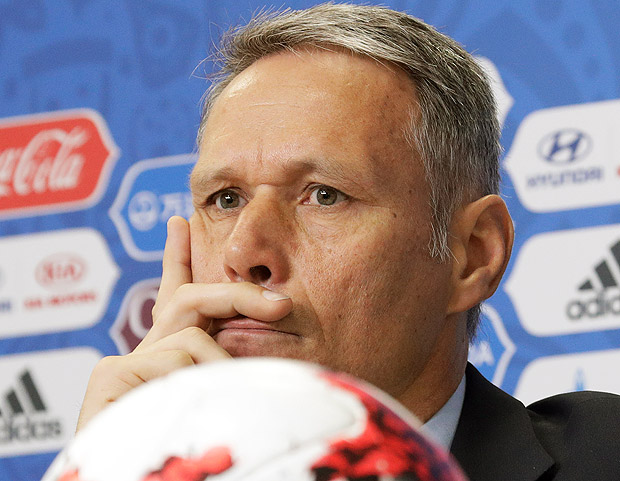FIFA Chief technical development officer Marco van Basten attends a news conference before the upcoming Confederations Cup in St. Petersburg, Russia, Thursday, June 15, 2017. (AP Photo/Dmitri Lovetsky) ORG XMIT: XDL101