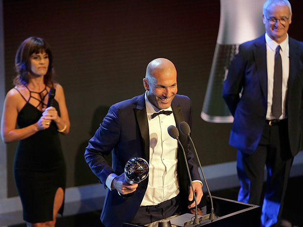 Soccer coach Zinedine Zidane receives The Best FIFA Men's Coach award during the The Best FIFA 2017 Awards at the Palladium Theatre in London, Monday, Oct. 23, 2017. (AP Photo/Alastair Grant) ORG XMIT: FAS135