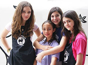 Giovanna, Estela, Marcela e Joana, do Pop Camel�