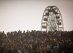 Roda-gigante do Lollapalooza come�a a funcionar em shopping de SP
