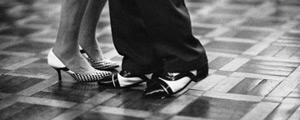 Detalhe de sapatos no Balile da Saudade, na União Fraterna, em São Paulo Gustavo Lacerda/Folhapress