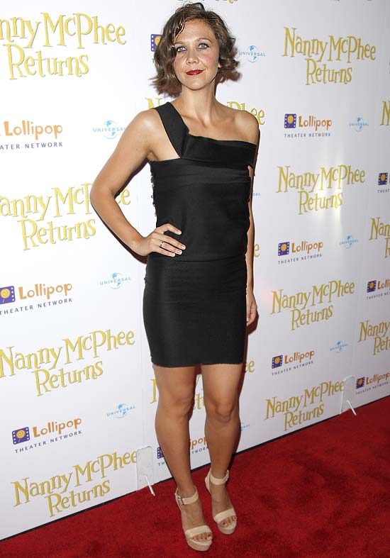 "Actress Maggie Gyllenhaal arrives to the premiere of ""Nanny McPhee Returns"" in New York on Tuesday, Aug. 17, 2010. (AP Photo/Peter Kramer)"