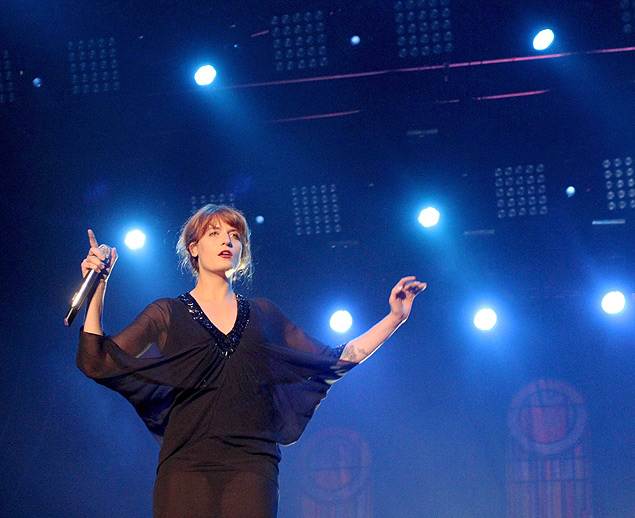 . Kraków (Poland), 10/08/2013.- Florence Welch, lead singer of the English band Florence and the Machine, performs during the concert on the last night of the Coke Live Music Festival in Cracow, Poland, 10 August 2013. EFE/EPA/Jacek Bednarczyk POLAND OUT