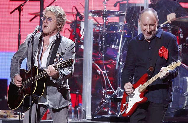 Roger Daltrey e Pete Townshend, em show do The Who em 2012