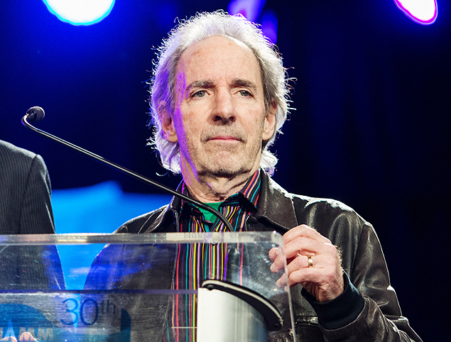 "FILE - In this Jan. 24, 2015 file photo, Harry Shearer appears at the 30th annual TEC Awards during the 2015 National Association of Music Merchants (NAMM) show in Anaheim, Calif. An escalating contract dispute suggests that Harry Shearer may exit ""The Simpsons,"" where he has voiced several of its characters since the Fox cartoon series debuted in 1989. In Twitter posts on Thursday, May 14, 2015, Shearer said re-upping with the series would have denied him ""what we've always had: the freedom to do other work."" In a tweet hours later, ""Simpsons"" executive producer Al Jean resolved to ""recast if Harry does not return."" (Photo by Paul A. Hebert/Invision/AP, File) ORG XMIT: NYET401"