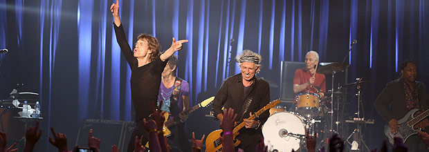 The Rolling Stones perform at the Fonda Theater in Los Angeles, California May 20, 2015. British veteran rockers The Rolling Stones played a surprise show at a small Hollywood venue on Wednesday. The famed rock band used the gig at the 1,200 seat Fonda Theater as a warm up for their 15-city tour that begins May 24 in San Diego. REUTERS/Jane Bouquet/The Rolling Stones/Handout via Reuters ATTENTION EDITORS - THIS PICTURE WAS PROVIDED BY A THIRD PARTY. REUTERS IS UNABLE TO INDEPENDENTLY VERIFY THE AUTHENTICITY, CONTENT, LOCATION OR DATE OF THIS IMAGE. FOR EDITORIAL USE ONLY. NOT FOR SALE FOR MARKETING OR ADVERTISING CAMPAIGNS. THIS PICTURE IS DISTRIBUTED EXACTLY AS RECEIVED BY REUTERS, AS A SERVICE TO CLIENTS. NO SALES. NO ARCHIVES. MANDATORY CREDIT. ORG XMIT: SIN300
