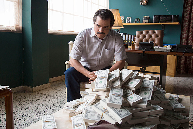 Wagner Moura as Pablo Escobar in the Netflix Original Series NARCOS. Photo credit: Daniel Daza/Netflix. Da série