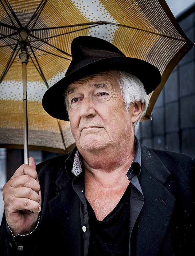 Swedish author Henning Mankell poses for photographs in Stockholm, Sweden, in this picture taken June 1, 2015. Henning Mankell, author of the Inspector Wallander novels, has died at the age of 67, his publisher said on Monday. The novelist had been suffering from cancer. Picture taken June 1, 2015. REUTERS/Nora Lorek/TT News Agency ATTENTION EDITORS - THIS IMAGE WAS PROVIDED BY A THIRD PARTY. FOR EDITORIAL USE ONLY. NOT FOR SALE FOR MARKETING OR ADVERTISING CAMPAIGNS. THIS PICTURE IS DISTRIBUTED EXACTLY AS RECEIVED BY REUTERS, AS A SERVICE TO CLIENTS. SWEDEN OUT. NO COMMERCIAL OR EDITORIAL SALES IN SWEDEN. NO COMMERCIAL SALES. ORG XMIT: STO04