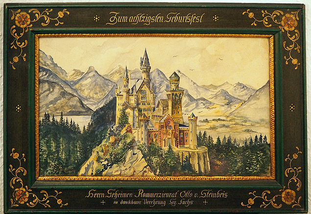 "This undated recent handout picture released on June 9, 2015 by the Nuremberg-based Weidler auction house shows a reproduction of a painting of Neuschwanstein Castle, a watercolor signed A Hitler. Watercolour paintings and drawings by Adolf Hitler from about 100 years ago are set to go up for auction in southern Germany between June 18 and 20, 2015, the auctioneers said on June 9, 2015. RESTRICTED TO EDITORIAL USE / MANDATORY CREDIT: ""AFP PHOTO / AUKTIONSHAUS WEIDLER"" NO MARKETING / NO ADVERTISING CAMPAIGNS / NO A LA CARTE SALES / DISTRIBUTED AS A SERVICE TO CLIENTS ORG XMIT: 1649 Aquarela pintada por Hitler, que na juventude sonhava em ser pintor"