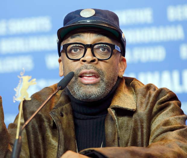 Director Spike Lee attends a news conference to promote the movie 'Chi-Raq' at the 66th Berlinale International Film Festival in Berlin, Germany February 16, 2016. REUTERS/Fabrizio Bensch ORG XMIT: AA43