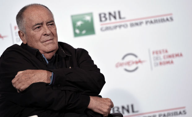 Italian director Bernardo Bertolucci attends the 11th Rome Film Festival on October 15, 2016 in Rome. / AFP PHOTO / TIZIANA FABI ORG XMIT: 1431