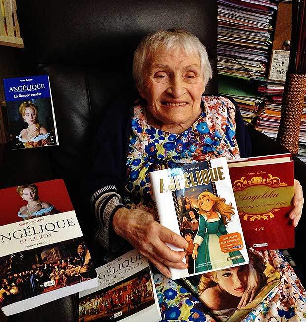 "September 26, 2015. Anne Golon, author of the 'Anegelique' book series has died on July 14, 2017 at the age of 95. / AFP PHOTO / HO / Nadine GOLOUBINOFF / RESTRICTED TO EDITORIAL USE - MANDATORY CREDIT ""AFP PHOTO / NADINE GOLOUBINOFF"" - NO MARKETING NO ADVERTISING CAMPAIGNS - DISTRIBUTED AS A SERVICE TO CLIENTS"