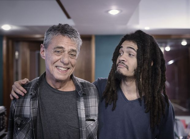 Chico Buarque e seu neto, Chico Brown