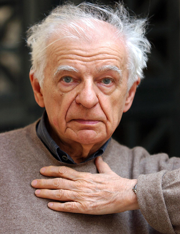 (FILES) This file photo taken on October 09, 2001 at the College de France in Paris shows France's most famous contemporary poet Yves Bonnefoy posing. Bonnefoy died on July 2, 2016 at the age of 93, local media reported. The author of more than 100 books translated into 30 languages was highly decorated in his native France, and his name was often mentioned as a favourite to win a Nobel Prize for Literature. / AFP PHOTO / ERIC FEFERBERG ORG XMIT: PRI31EF