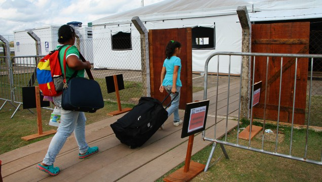Venezuelans arrive at the identification and reception post of the Brazilian Army in the city of Pacaraima (RR)