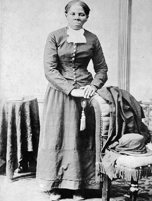 This image provided by the Library of Congress shows Harriet Tubman, between 1860 and 1875. A Treasury official said Wednesday, April 20, 2016, that Secretary Jacob Lew has decided to put Tubman on the $20 bill, making her the first woman on U.S. paper currency in 100 years. (H.B. Linsley/Library of Congress via AP) MANDATORY CREDIT ORG XMIT: WX201