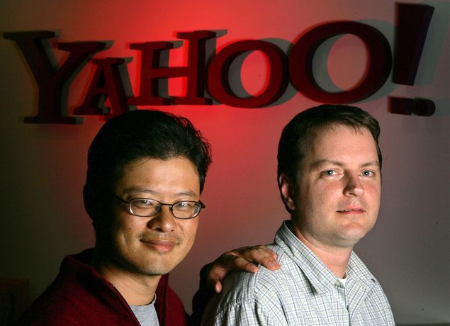 Jerry Yang (� esq.) e David Filo, criadores do Yahoo!