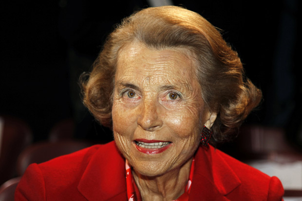 FILE PHOTO: Liliane Bettencourt, heiress to the L'Oreal fortune, attends French designer Franck Sorbier's Haute Couture Spring-Summer 2011 fashion show in Paris, France, January 26, 2011. REUTERS/Charles Platiau/File Photo ORG XMIT: CHP501