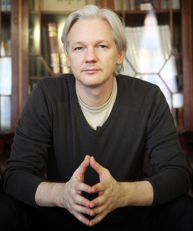 O fundador do WikiLeaks, Julian Assange, dque vive desde 2012 na Embaixada do Equador em Londres