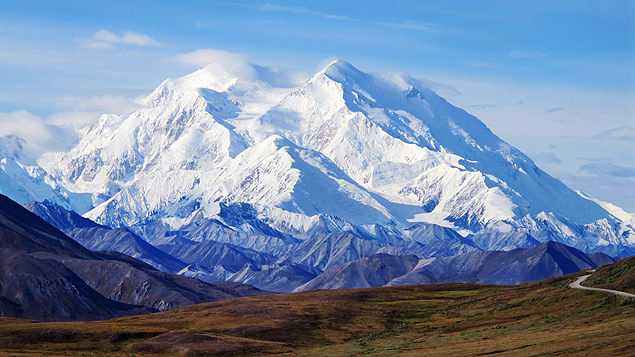 FILE - This Aug. 19, 2011 file photo shows Mount McKinley in Denali National Park, Alaska. President Barack Obama on Sunday, Aug. 30, 2015 said he's changing the name of the tallest mountain in North America from Mount McKinley to Denali. (AP Photo/Becky Bohrer, File) ORG XMIT: NY112