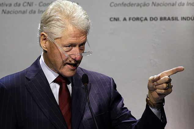 Bill Clinton participa de evento da CNI