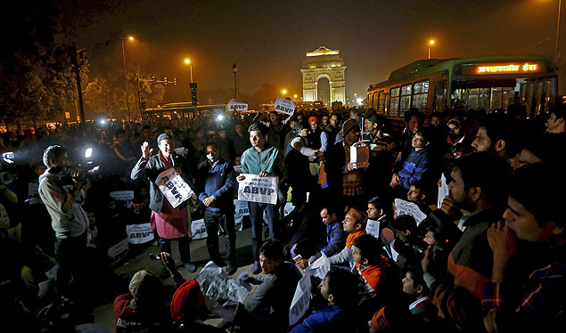 Demonstrators listen to a speaker during a protest against the release of a juvenile rape convict, in New Delhi, India, December 20, 2015. The youngest of six people convicted of the 2012 gang rape of a woman, in a case that shocked India, was freed on Sunday, a lawyer said, after a court refused to extend his three-year sentence. The case turned a global spotlight on the treatment of women in India, where police say a rape is reported every 20 minutes, and the sentence sparked debate over whether the country is too soft on young offenders. REUTERS/Adnan Abidi ORG XMIT: DEL208