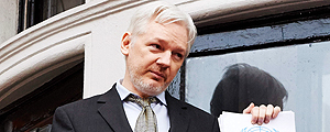 Julian Assange na embaixada do Equador em Londres – Niklas Halle'n/AFP