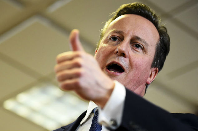"""British Prime Minister David Cameron gestures as he addresses the media after a European Union leaders' summit in Brussels, Belgium, February 19, 2016. Cameron said on Friday he would campaign with all his """"heart and soul"""" for Britain to stay in the European Union after he won a deal about the so-called Brexit, in Brussels which offered his country """"special status"""". REUTERS/Dylan Martinez ORG XMIT: DJM126"""