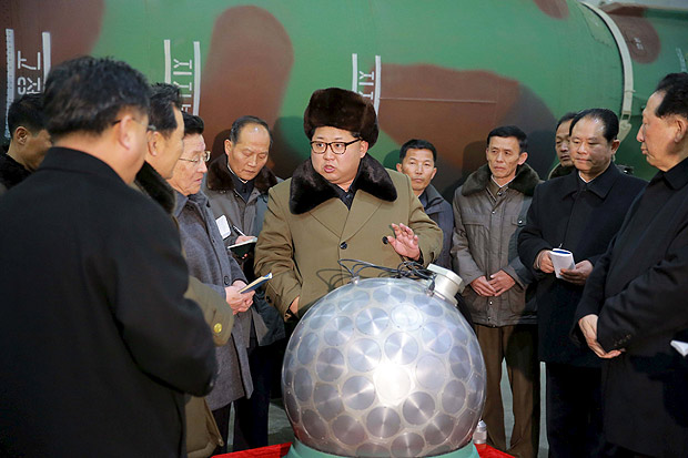 North Korean leader Kim Jong Un meets scientists and technicians in the field of researches into nuclear weapons in this undated photo released by North Korea's Korean Central News Agency (KCNA) in Pyongyang March 9, 2016. REUTERS/KCNA ATTENTION EDITORS - THIS PICTURE WAS PROVIDED BY A THIRD PARTY. REUTERS IS UNABLE TO INDEPENDENTLY VERIFY THE AUTHENTICITY, CONTENT, LOCATION OR DATE OF THIS IMAGE. FOR EDITORIAL USE ONLY. NOT FOR SALE FOR MARKETING OR ADVERTISING CAMPAIGNS. THIS PICTURE IS DISTRIBUTED EXACTLY AS RECEIVED BY REUTERS, AS A SERVICE TO CLIENTS. NO THIRD PARTY SALES. SOUTH KOREA OUT. NO COMMERCIAL OR EDITORIAL SALES IN SOUTH KOREA TPX IMAGES OF THE DAY ORG XMIT: SIN200