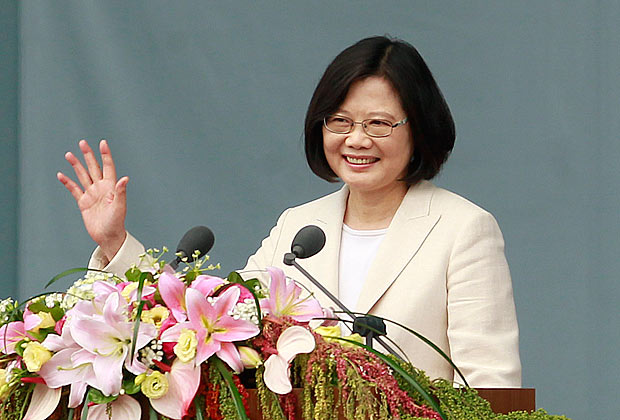 Taiwan's President Tsai Ing-wen waves to Taiwanese people as she delivers an acceptance speech during her inauguration ceremony in Taipei, Taiwan, Friday, May 20, 2016. Taiwan inaugurated Tsai as its first female president on Friday, returning the pro-independence Democratic Progressive Party to power amid new concerns over increasingly fractious relations with Beijing and a flagging economy. (AP Photo/Chiang Ying-ying) ORG XMIT: XYY102