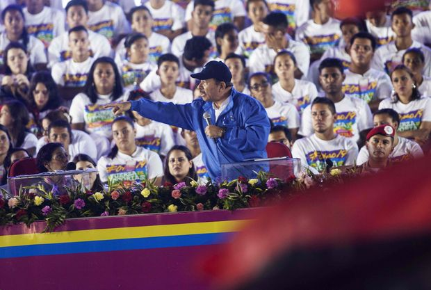 Nicaraguan President Daniel Ortega addresses supporters during the celebration of the 37th anniversary of the Sandinista Revolution at La Fe square in Managua on July 19, 2016. / AFP PHOTO / ALFREDO ZUNIGA ORG XMIT: RAA1173