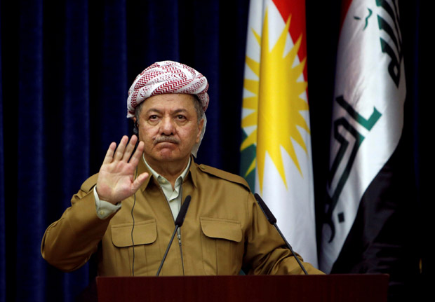 FILE PHOTO: Iraq's Kurdistan region's President Massoud Barzani gestures during a joint news conference with German Foreign Minister Sigmar Gabriel (not pictured) in Erbil, Iraq April 20, 2017. REUTERS/Azad Lashkari/File Photo ORG XMIT: GGGBAG02