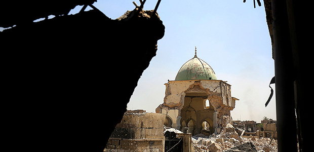 A picture taken on June 29, 2017, shows the destroyed Al-Nuri Mosque in the Old City of Mosul, during the ongoing offensive to retake the area from Islamic State (IS) group fighters. / AFP PHOTO / AHMAD AL-RUBAYE ORG XMIT: AHR3
