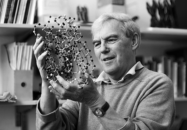 In this undated photo provided by the MRC Laboratory of Molecular Biology (LMB) in Cambridge, Richard Henderson poses for a photograph. Three researchers based in the U.S., U.K. and Switzerland won the Nobel Prize in Chemistry on Wednesday, Oct. 4, 2017 for developing a way to create detailed images of the molecules that drive life? a technology that the Nobel committee said allowed scientists to visualize molecular processes they had never previously seen. The 9-million-kronor ($1.1 million) prize is shared by Jacques Dubochet of the University of Lausanne, Joachim Frank at New York's Columbia University and Richard Henderson of MRC Laboratory of Molecular Biology in Cambridge, Britain. (MRC Laboratory of Molecular Biology via AP) ORG XMIT: LON814