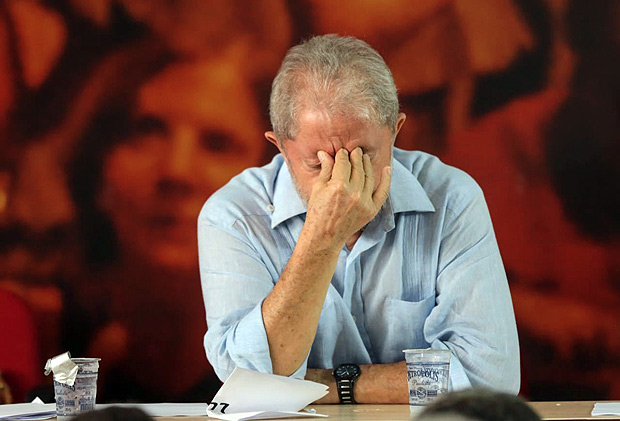 Former president Lula da Silva reacts during a meeting in São Paulo