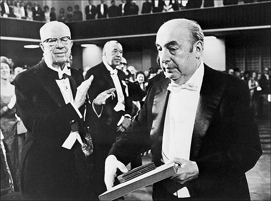 ORG XMIT: 433401_1.tif File picture taken 12 October 1971 in Stockholm of the Chilean Pablo Neruda after receiving the Nobel Literature Prize. Next 12 July commemorates the 100th anniversary of the birth of Neruda, who was the author of the most read love poems in the world. Neruda joined to the Chilean Communist Party in the 40's and in 1945 became Senator of the Republic. Diplomatic in Burma, Ceylon and Java, he knew also the underground and the exile. In 1971, he got the Nobel Literature Prize. He died in 1973, 12 days after Augusto Pinochet's coup d'etat against constitutional President Salvador Allende. AFP PHOTO/PRESSENSBILD