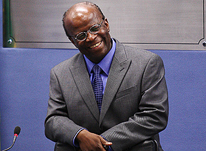 Ministro Joaquim Barbosa preside sessão do CNJ
