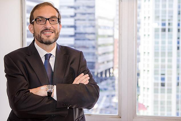 O advogado Marlus Arns de Oliveira, advogado que est� conduzindo a negocia��o para dela��o premiada de seu cliente, o ex diretor da Petrobras Renato Duque.