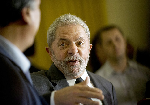 "Brazil's former President Luiz Inacio Lula da Silva speaks during a press conference, after a meeting with Rio de Janeiro's Governor Luiz Pezao, in Rio de Janeiro, Brazil, Thursday, Dec. 3, 2015. Silva made comments about the impeachment proceedings against fellow Worker's Party member, Brazilian President Dilma Rousseff. ""I'm outraged by what they're doing to this country,"" Silva told reporters. (AP Photo/Silvia Izquierdo) ORG XMIT: XSI106"