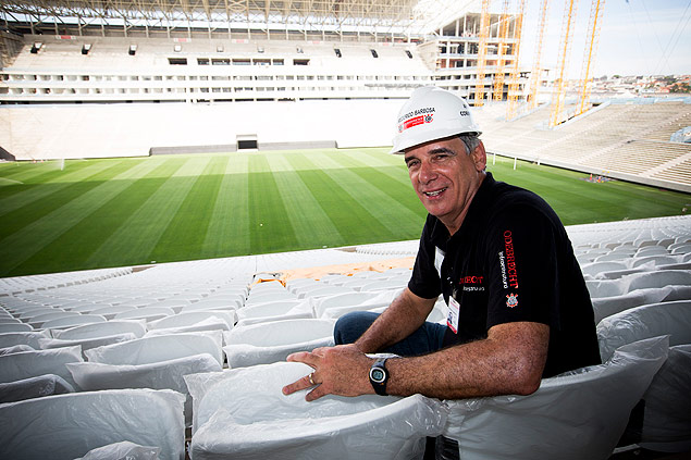 SAO PAULO, SP, BRASIL. 24-10-2013. 09h10min28s. O engenheiro Frederico Barbosa respeonsavel pelas obras do est�dio do Corinthians na zona leste. (foto: Rubens Cavallari/Folhapress, VENCER, ****ESPECIAL****). ***EXCLUSIVO AGORA***EMBARGADA PARA VEICULOS ON LINE***UOL E FOLHA.COM E FOLHAPRESS CONSULTAR FOTOGRAFIA DO AGORA S�O PAULO***f: 3224-2169, 3224-3342. *filename:_1DX8440.CR2* ORG XMIT: _1DX8440.CR2